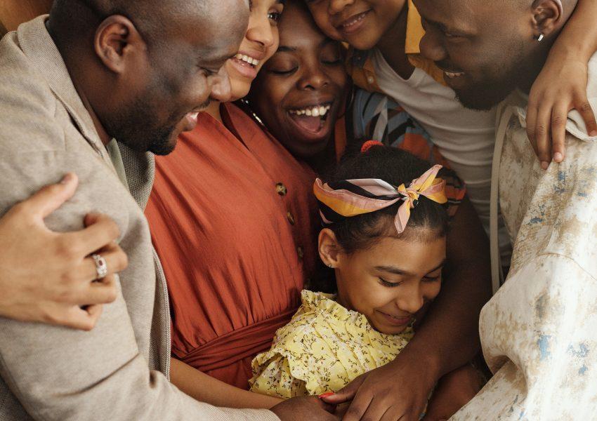 hug family